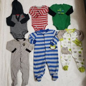 CARTERS BUNDLE BABY 6 MONTHS